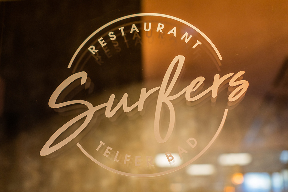 Surfers, Restaurant Telfs